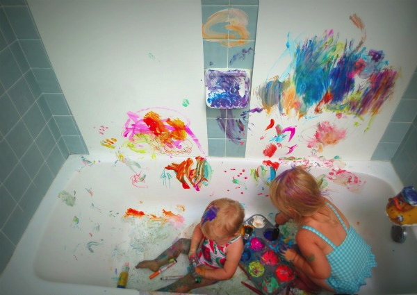 messy play in the sink and bath 3
